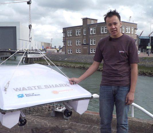 Waste Shark ruimt zwerfvuil op