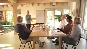 Door workshops te geven wordt op laagdrempelige wijze vertelt over de mogelijkheden die de methode biedt.